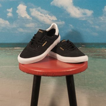 adidas Skateboarding - 3MC - Black / White / Black