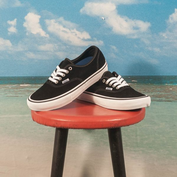 Vans - Authentic Pro - Black
