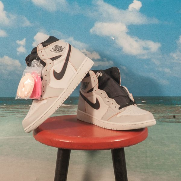 "Nike SB - Air Jordan1 High OG ""NY to Paris"" - Light Bone / Black Crimson Tint-Hyper Pink"