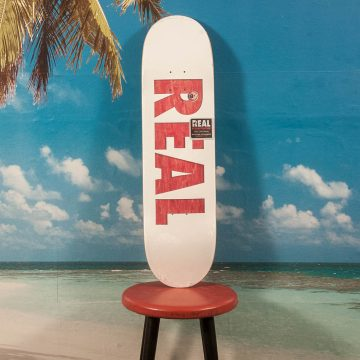 Real Skateboards - Team Bold Series Deck - 8.5