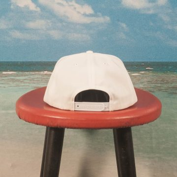 Call Me (917) - Genny´s Hat - White / Red