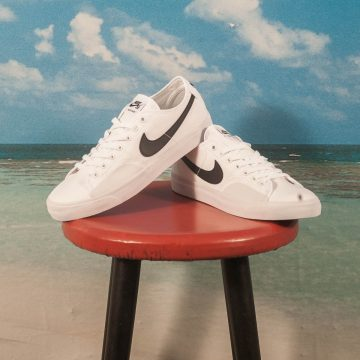 Nike SB - BLZR Court - White / Black
