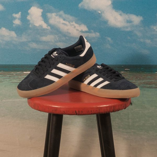 adidas Skateboarding - Gazelle ADV - Navy / White / Gum